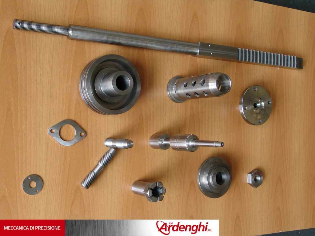024 - Componenti meccanici vari